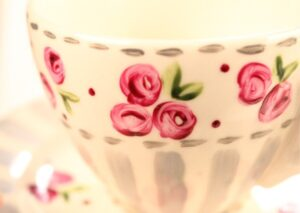 servies schilderen roosjes detail
